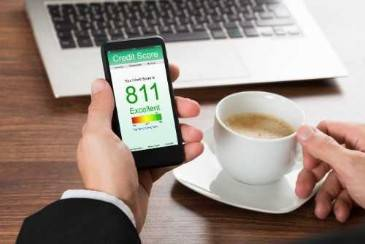 Spouse's Bankruptcy Affects Your Credit Score